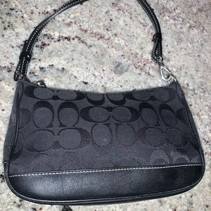 Coach shoulder/handbag